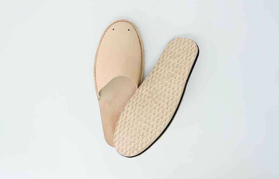 slippers 3.jpg