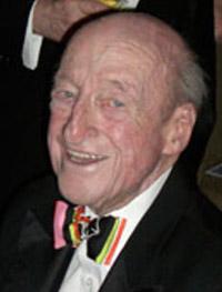 2001 Osborn Elliott '41