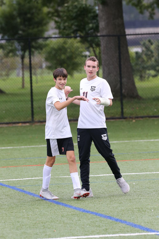 Browning Varsity Soccer 092418-Al Pereira (33).JPG