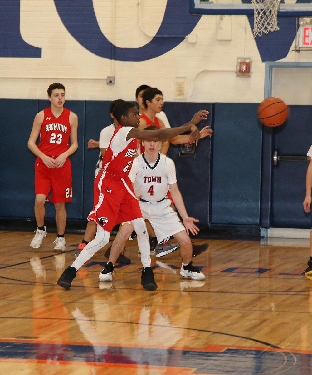 Browning 7-8 Red Basketball 013019-Al Pereira (18).JPG