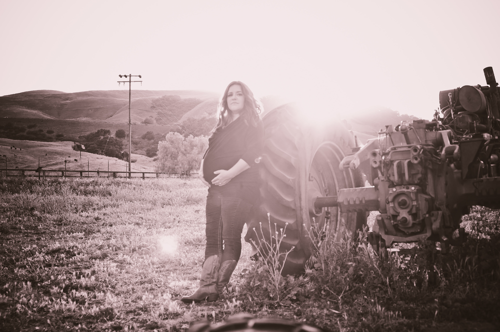 Maternity Photographer 93401 San Luis Obispo www.marcelalainphotography.com