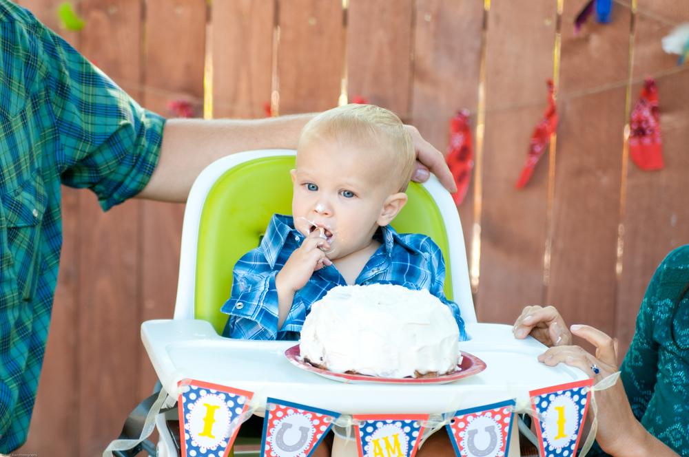 San Luis Obispo cake smash birthday Photographer