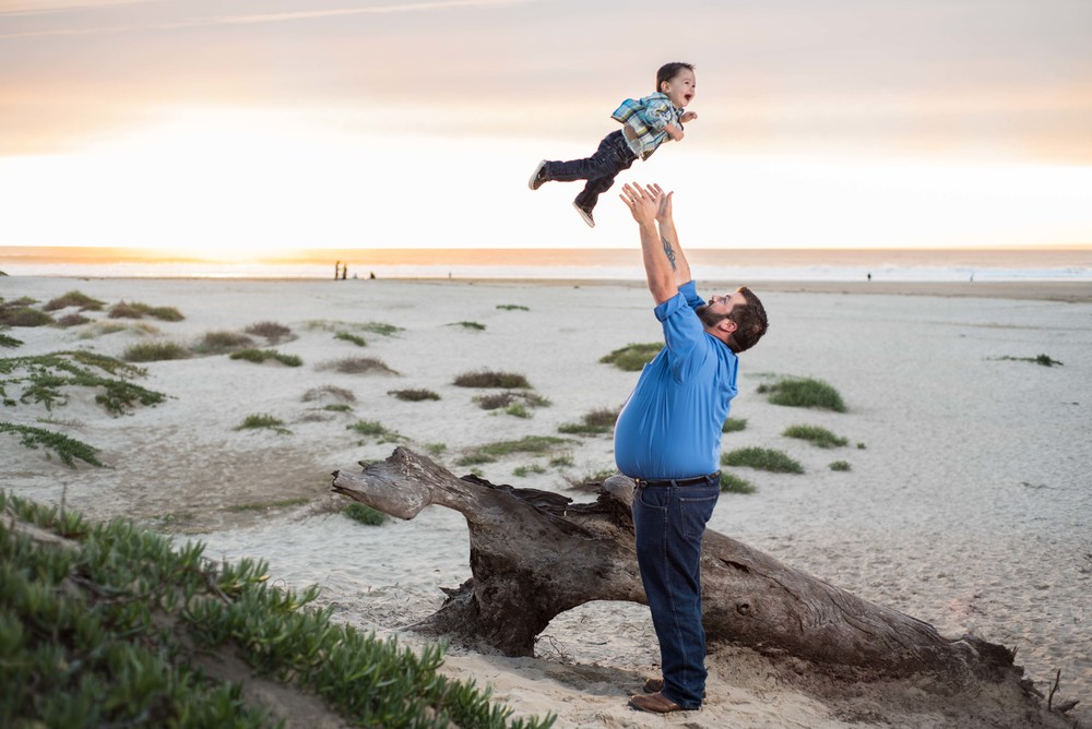 Knight-family-beach-photo-session-blog (6 of 15).jpg