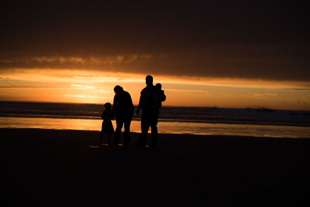 Knight-family-beach-photo-session-blog (10 of 15).jpg