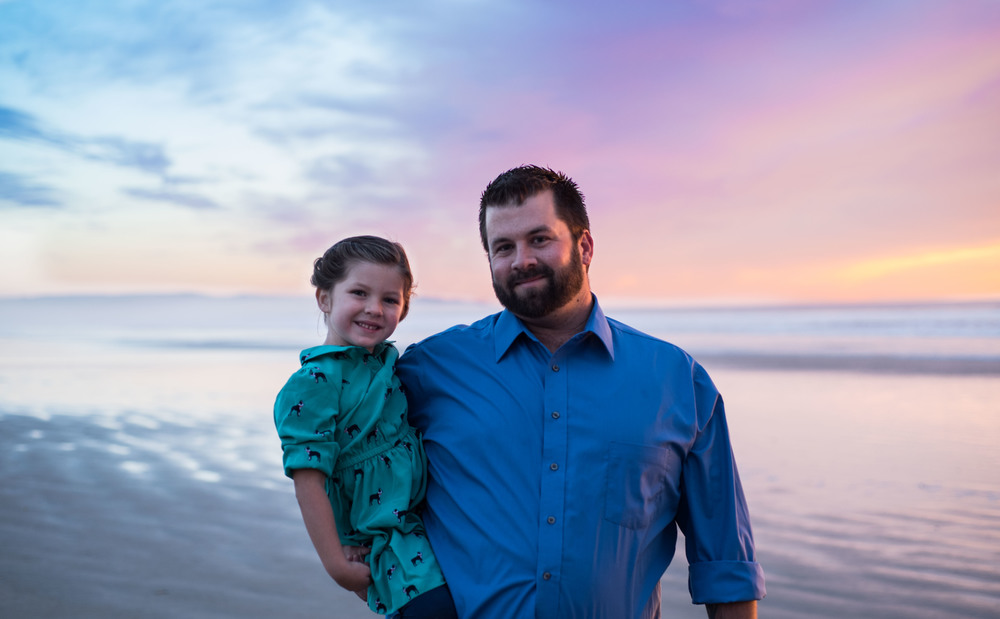 Knight-family-beach-photo-session-blog (11 of 15).jpg