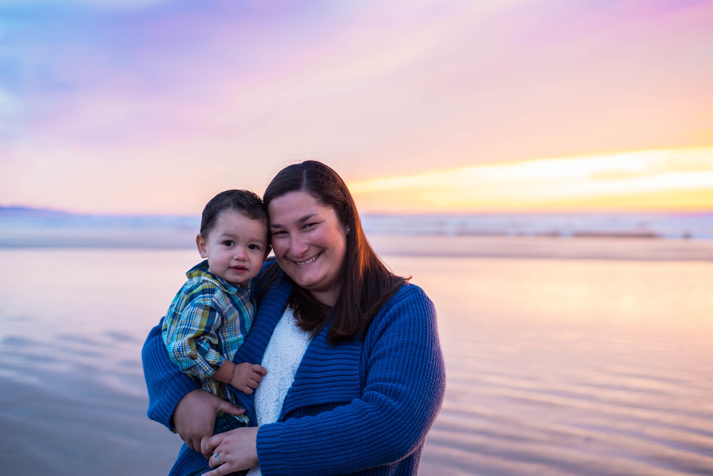 Knight-family-beach-photo-session-blog (13 of 15).jpg