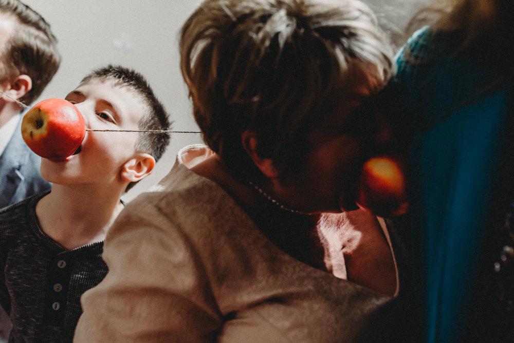 Nicola_Reiersen_Photography_Intimate_Home_Wedding (68).jpg