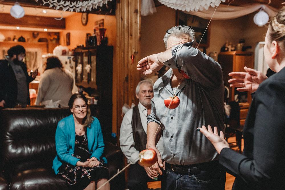 Nicola_Reiersen_Photography_Intimate_Home_Wedding (72).jpg