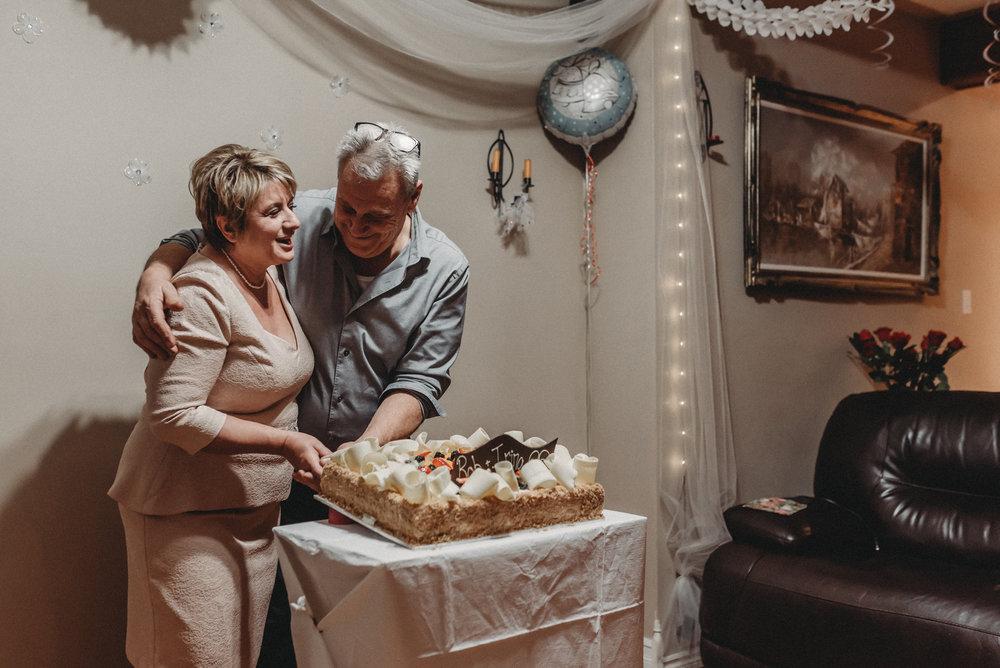 Nicola_Reiersen_Photography_Intimate_Home_Wedding (87).jpg
