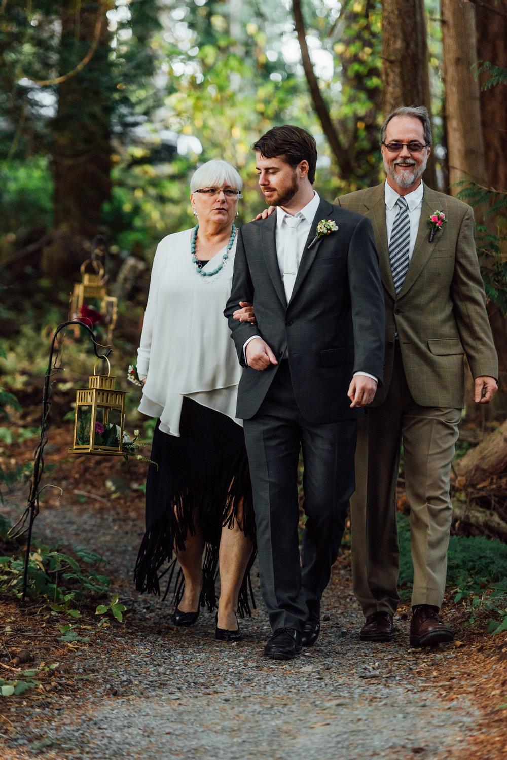 Nicola_Reiersen_Photography_Sea_Cider_Forest_Wedding (54).jpg