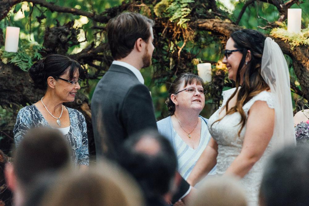 Nicola_Reiersen_Photography_Sea_Cider_Forest_Wedding (60).jpg