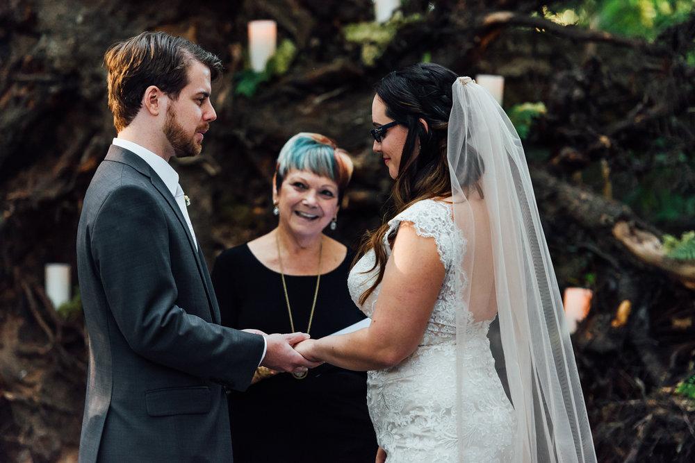 Nicola_Reiersen_Photography_Sea_Cider_Forest_Wedding (76).jpg