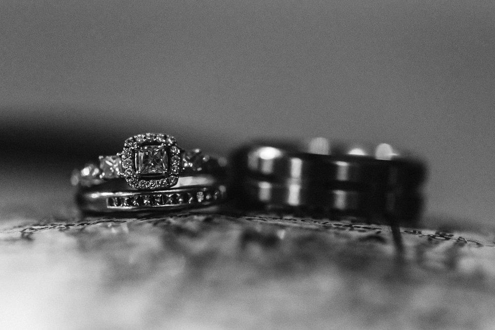 Nicola_Reiersen_Photography_Black_and_White_Home_Wedding (25).jpg