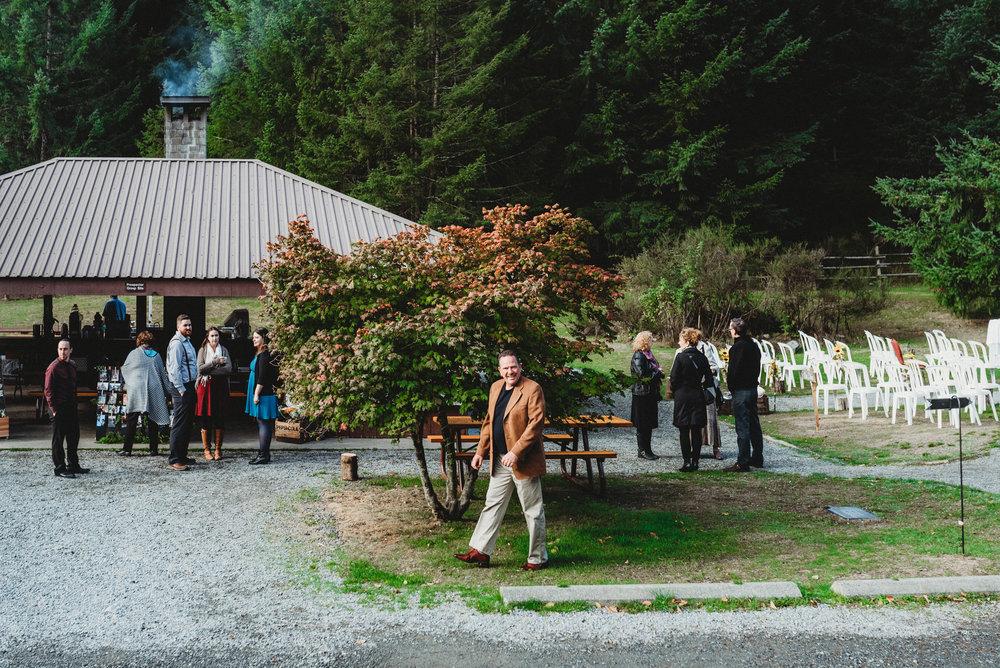 Goldstream_Fall_Wedding_Nicola_Reiersen_Photography_Victoria_BC-43.jpg