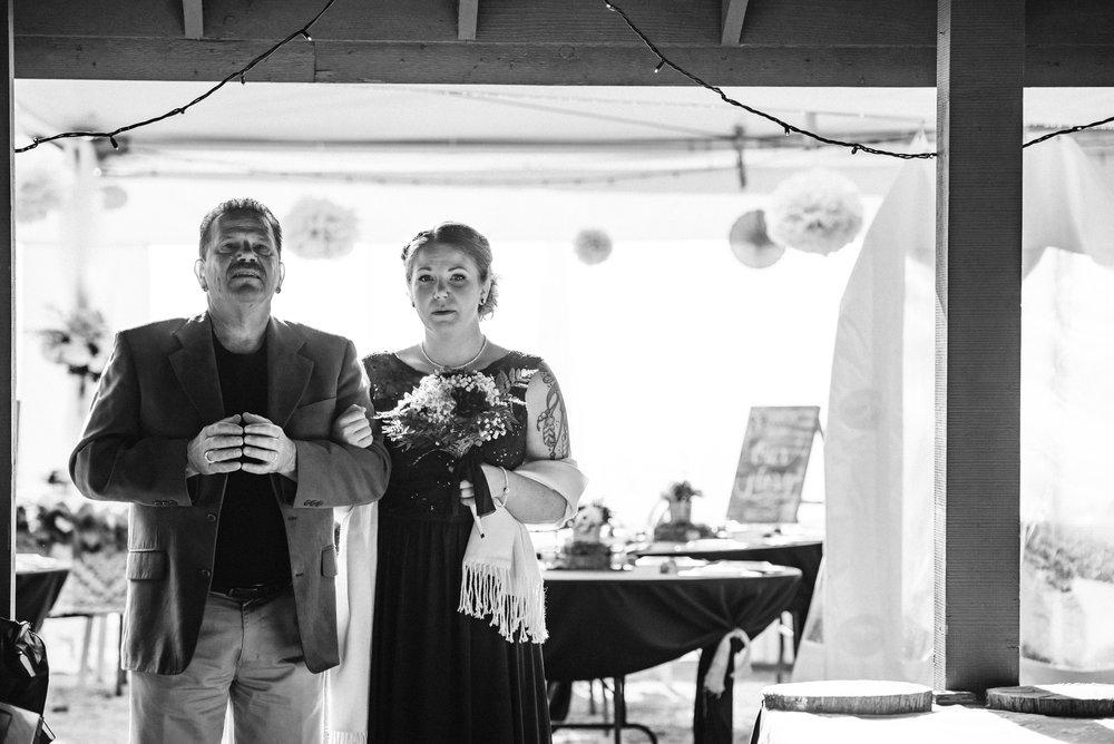 Goldstream_Fall_Wedding_Nicola_Reiersen_Photography_Victoria_BC-55.jpg