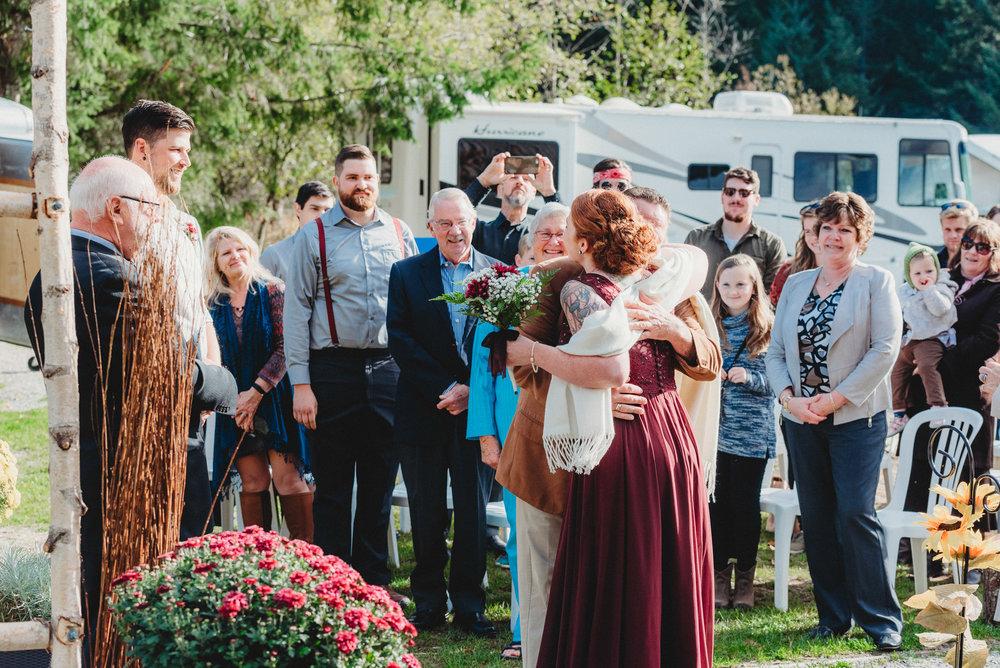 Goldstream_Fall_Wedding_Nicola_Reiersen_Photography_Victoria_BC-59.jpg