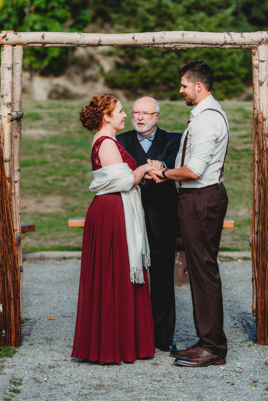 Goldstream_Fall_Wedding_Nicola_Reiersen_Photography_Victoria_BC-67.jpg