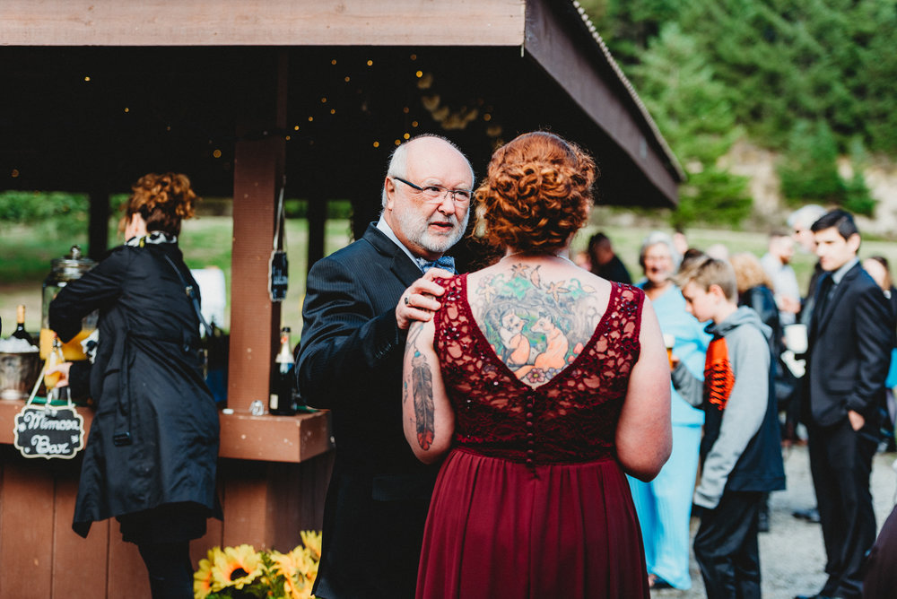 Goldstream_Fall_Wedding_Nicola_Reiersen_Photography_Victoria_BC-84.jpg
