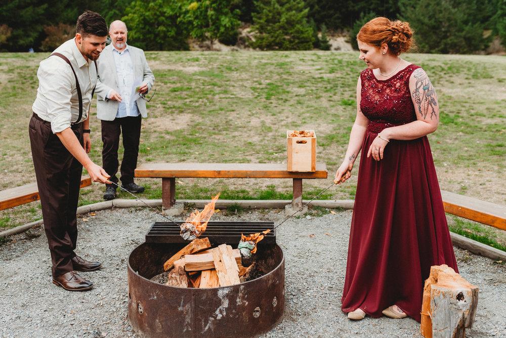 Goldstream_Fall_Wedding_Nicola_Reiersen_Photography_Victoria_BC-136.jpg