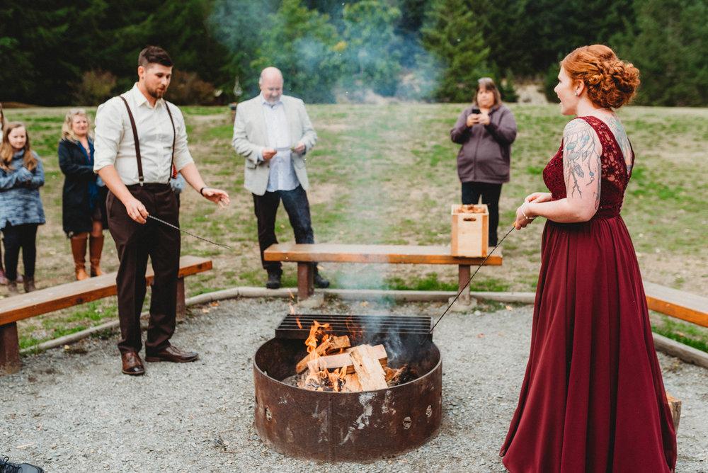 Goldstream_Fall_Wedding_Nicola_Reiersen_Photography_Victoria_BC-138.jpg