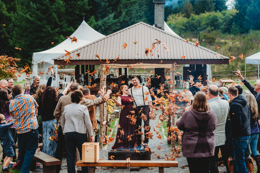 Goldstream_Fall_Wedding_Nicola_Reiersen_Photography_Victoria_BC-157.jpg