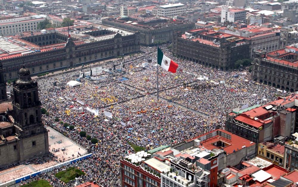 (Mexico) Zocalo.jpg