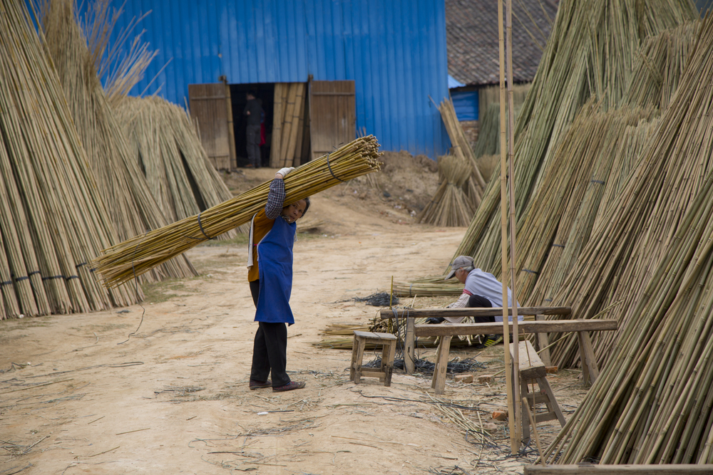 bamboo_worker.jpg