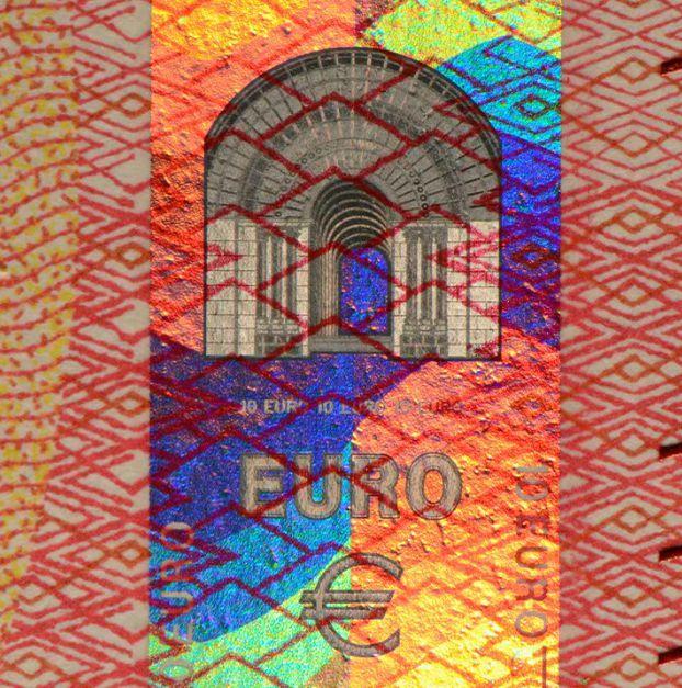 EUR_10_2S_Hologram.jpg