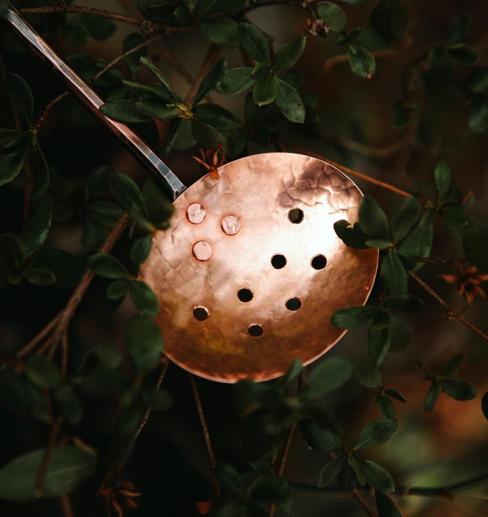spring-spoon-black-swan-handmade-2-1.jpg
