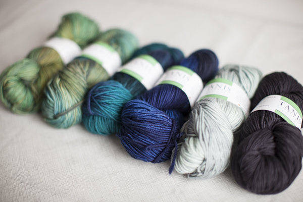 Colors (from left to right): Sprout, Lucky Penny, Teal, Midnight, Chris Grey, Charcoal