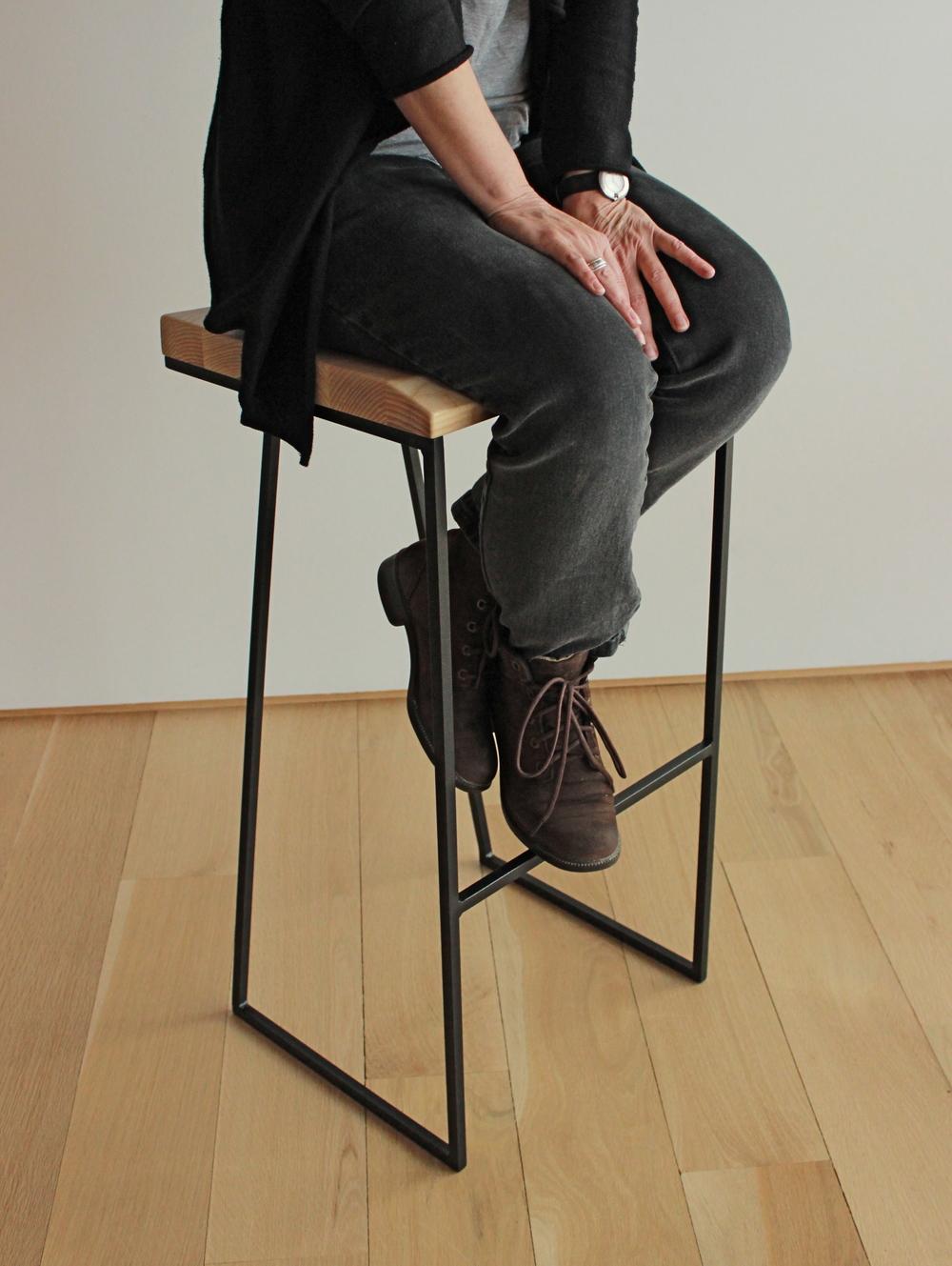 grand tabouret zo tabli. Black Bedroom Furniture Sets. Home Design Ideas