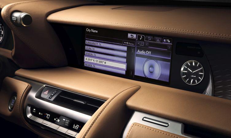 Lexus-LC-500-interior-06 NAV.jpg