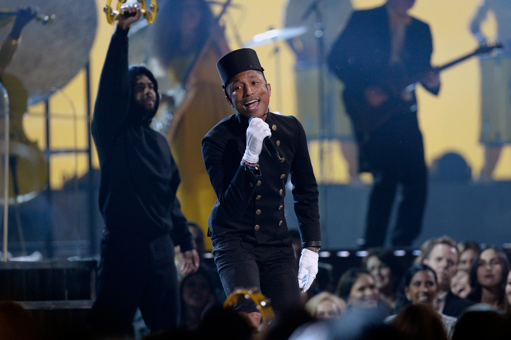 pharrell-grammy-performance-2015-billboard-650.jpg