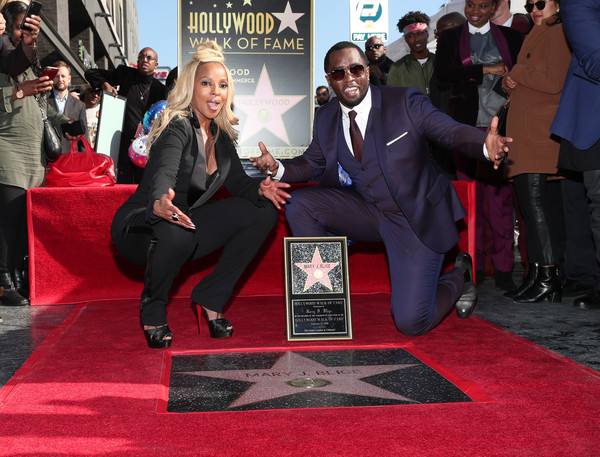 Mary+J+Blige+Mary+J+Blige+Honored+Star+Hollywood+woQv-tj9prgl.jpg