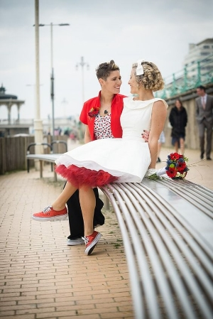 24 Incredible Gay And Lesbian Wedding Outfits. Beautiful looks for your wedding.