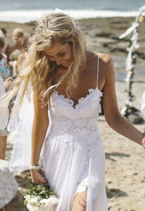 Casual Wedding Dresses For the Minimalist.     Glamorous looks for those wanting a look not full of tulle and lace.