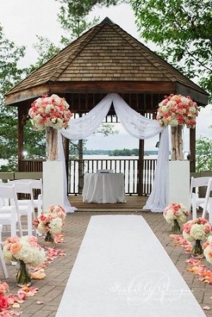 33 Wedding Backdrop Ideas for Wedding Ceremony, Reception and More.    Some classic ideas and non-traditional ideas. There is something here for everyone.