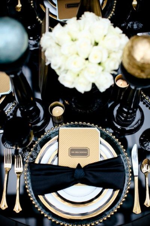 58 Elegant Black and White Wedding Table Settings.    Classic and elegant color scheme that never goes out of style.