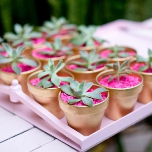 13 DIY Wedding Favors Your Guests Will Actually Want.    Useful and practical favors for your guests.