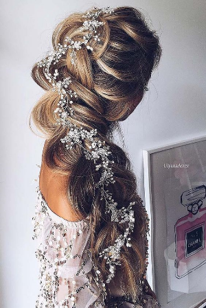 36 Braided Wedding Hair Ideas You Will Love. Gorgeous braids for the elegant to bohemian bride.