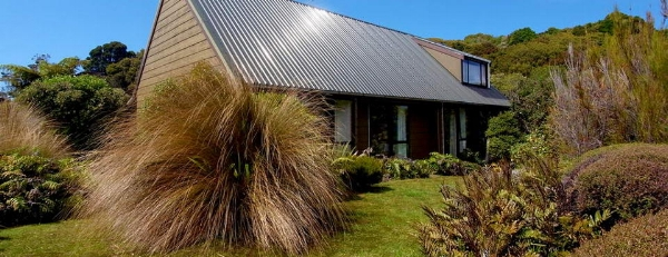 Beautiful Observation Lodge, Stewart Island, New Zealand.