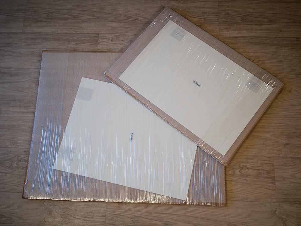 Das Innere der Whitewall-Lieferung. Eventuell waren die zwei unterschiedlichen Formate ausschlaggebend für die unterschiedlichen Verpackungsgrößen.