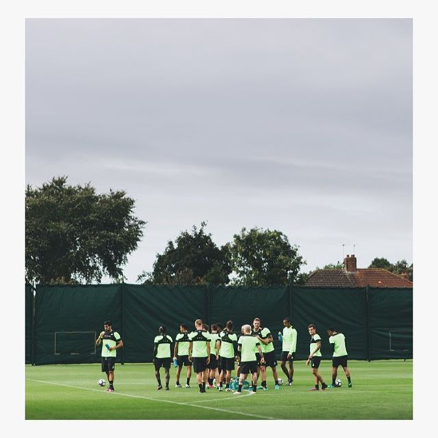 Go on the lads #lfc #nbfootball