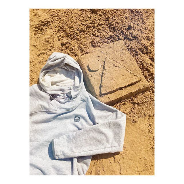 @klattermusen at the beach today #klattermusen #klattermusenfalen #falenhoodie