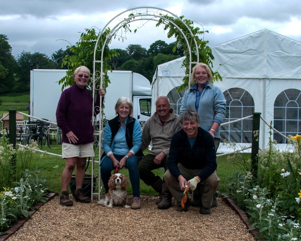 Winning team, Win,Lynne, Graham,Fiona,Gary and Tokyo.