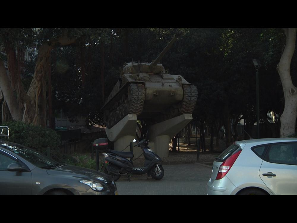A tank standing in Yad Eliyahu neighborhood, Tel Aviv