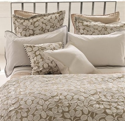 Velvet Leave Bedding
