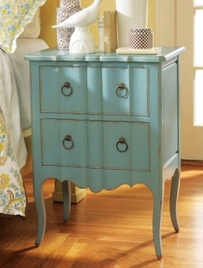 Robin Antiqued Nightstand