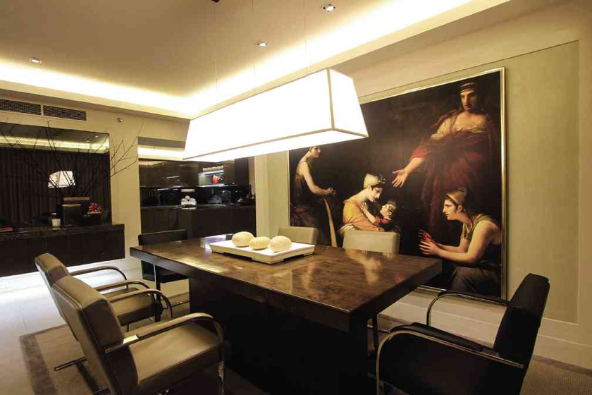 Interior Design by Butch Valdez; Photo Mural from Raji RM