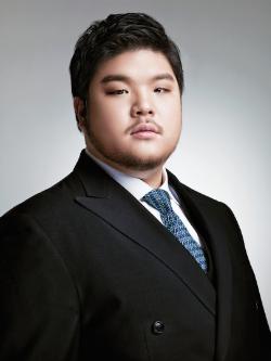 Kidon Choi - Age 28 - Baritone